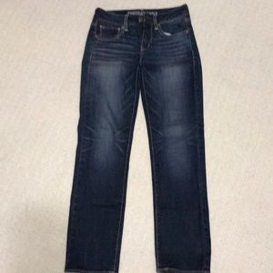 AE American Eagle Jeans Straight Stretch 2 Short